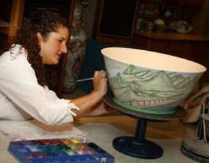 The glaze painting process takes several hours.