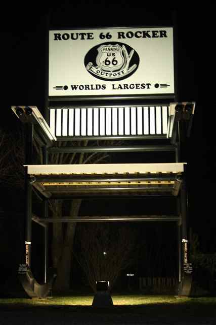 Stupendous Route 66 Landmark Guinness Worlds Largest Rocking Chair Alphanode Cool Chair Designs And Ideas Alphanodeonline