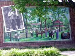 Truman's visit to the Cuba Homecoming is commemorated in this Viva Cuba Mural. The 4-H organization was 100 years old when the mural was painted, so it was featured in the mural too.