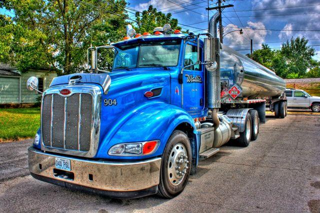Cuba MO Wallis Truck