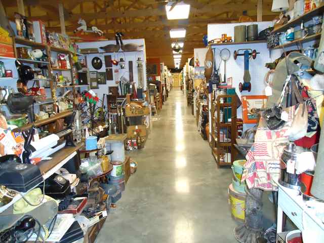 antique stores in missouri Antiques Lone Star Mall Cuba, Missouri   Cuba, MO   Route 66 Mural  antique stores in missouri