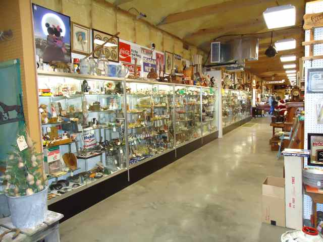 Lone Star Antique Mall Cuba, Missouri