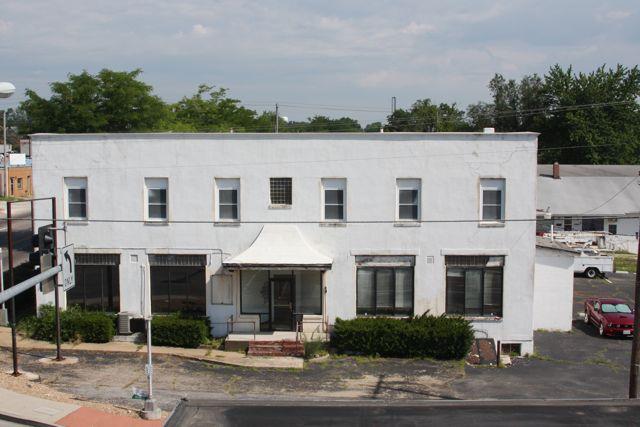 Cuba, Missouri Midway Building