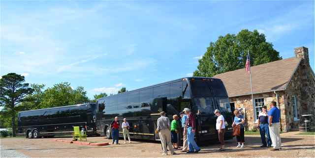 Buses from Legends Bank at Connie's Shoppe at the Wagon Wheel Motel