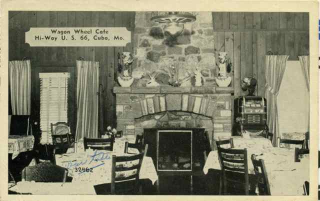 Wagon Wheel Cafe dining room Cuba, Missouri