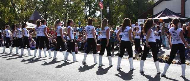 2010 CHS Drill Team Cuba, MO