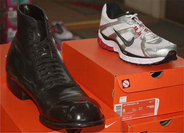 Robert Wadlow/Nike shoe