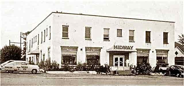 Midway building Cuba, Missouri