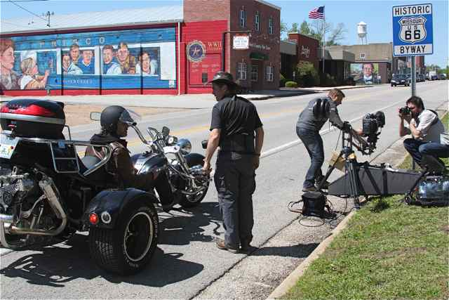 Billy Connolly's film crew setting up a shot in Cuba, Missouri
