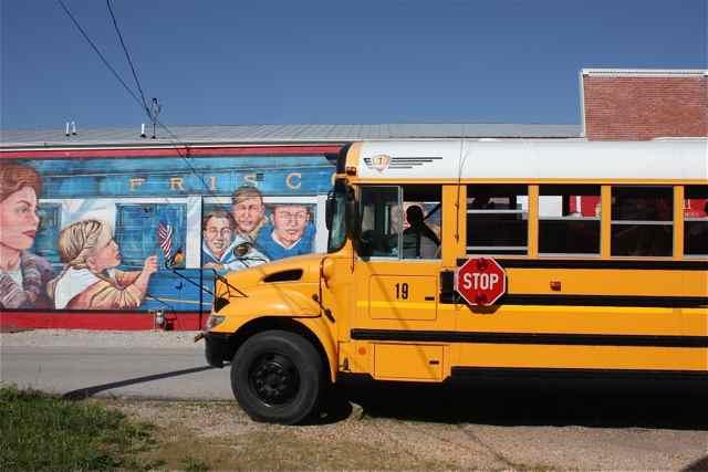 Cuba school bus on a mural tour