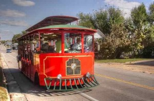 Trolley rolling down Route 66 in Cuba, Missouri