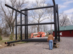 The rocker will be lifted by cranes to take its place as a Route 66 icon.